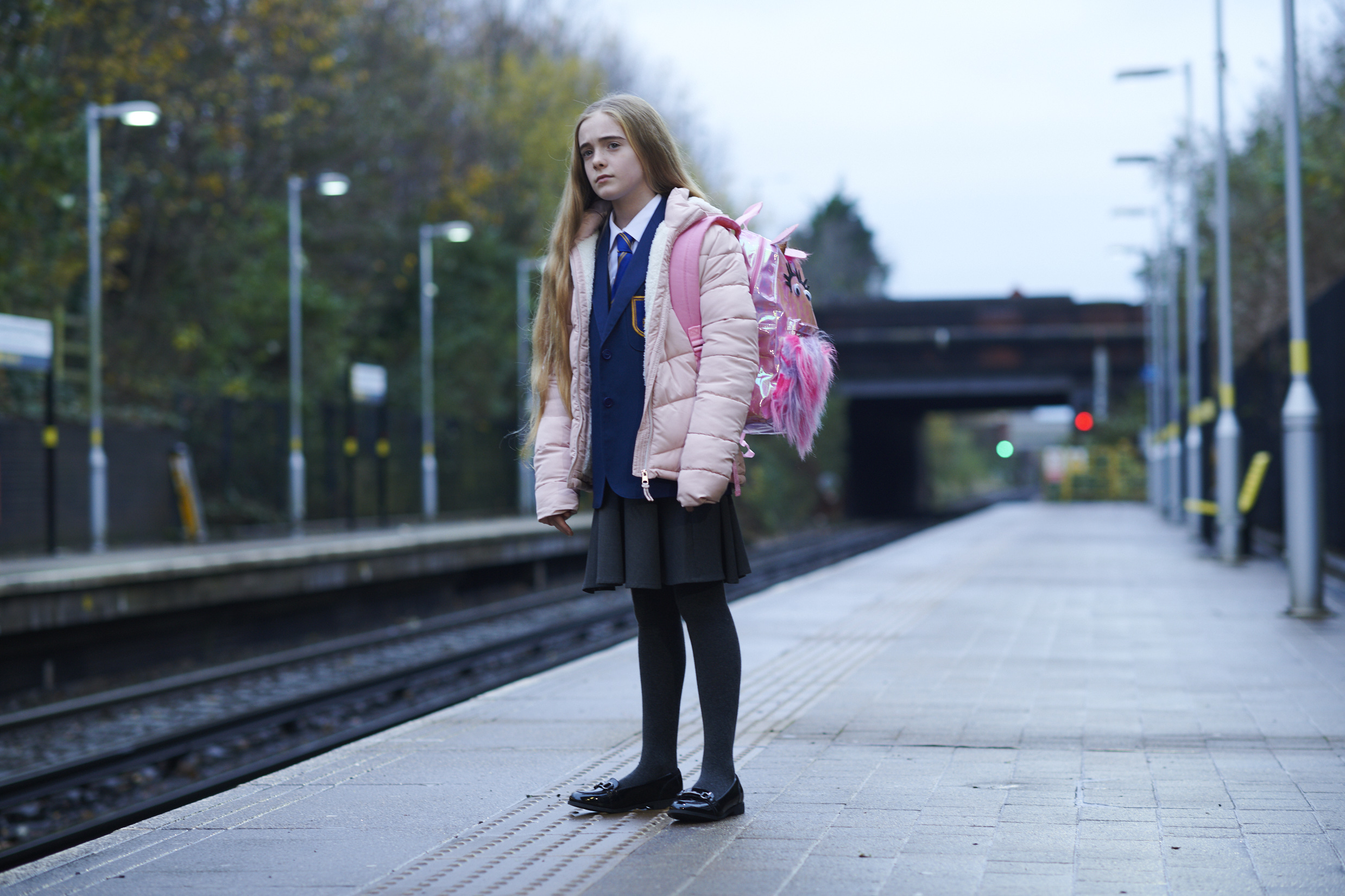HOLLYOAKS EXPLORE THE ISSUE OF COUNTY-LINES